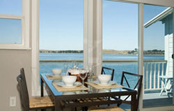 bodega-bay-and-beyond-sonoma-vacation-rentals-dining-room